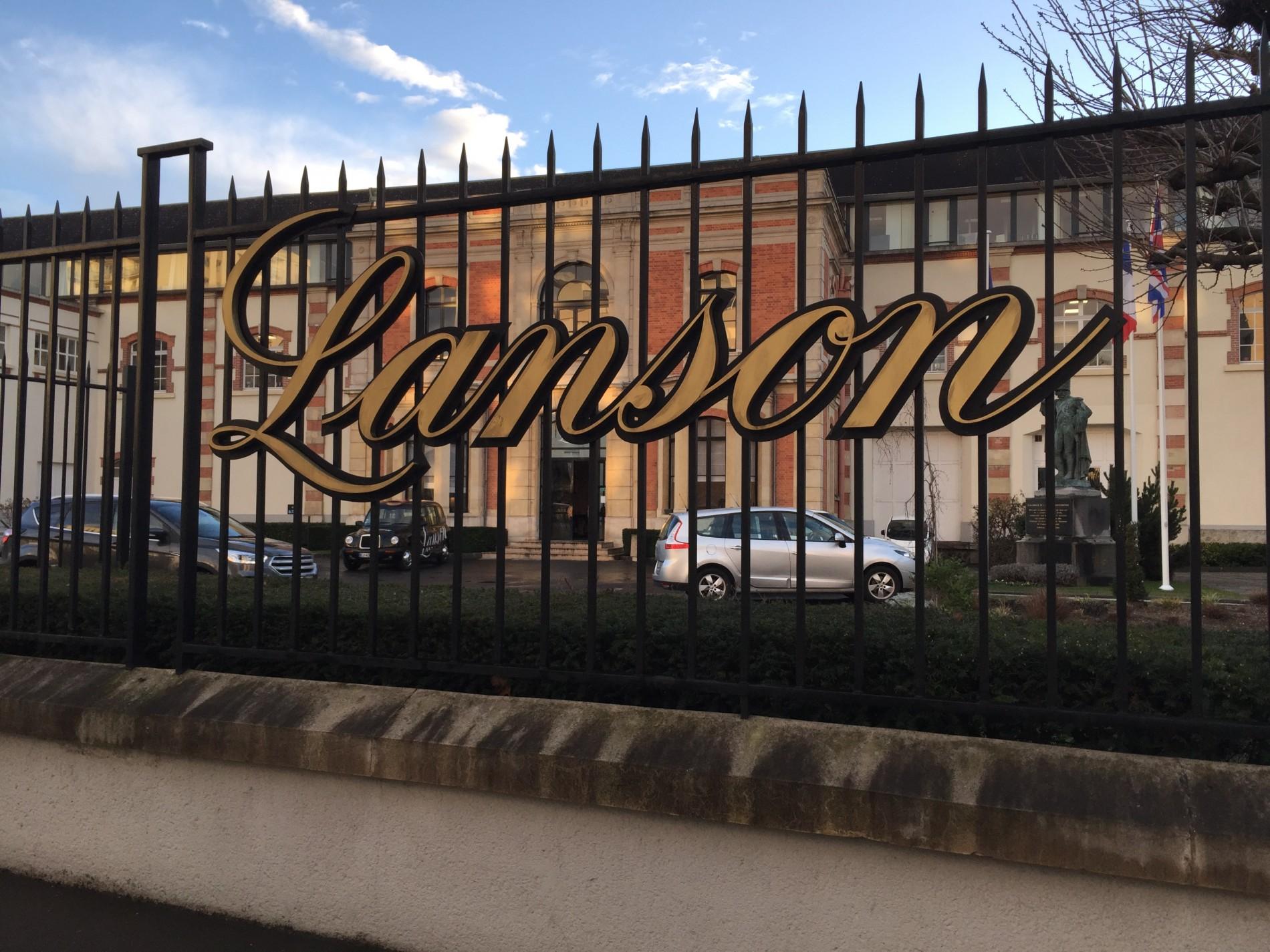 Visite des caves Champagne Lanson avec L'Impériale