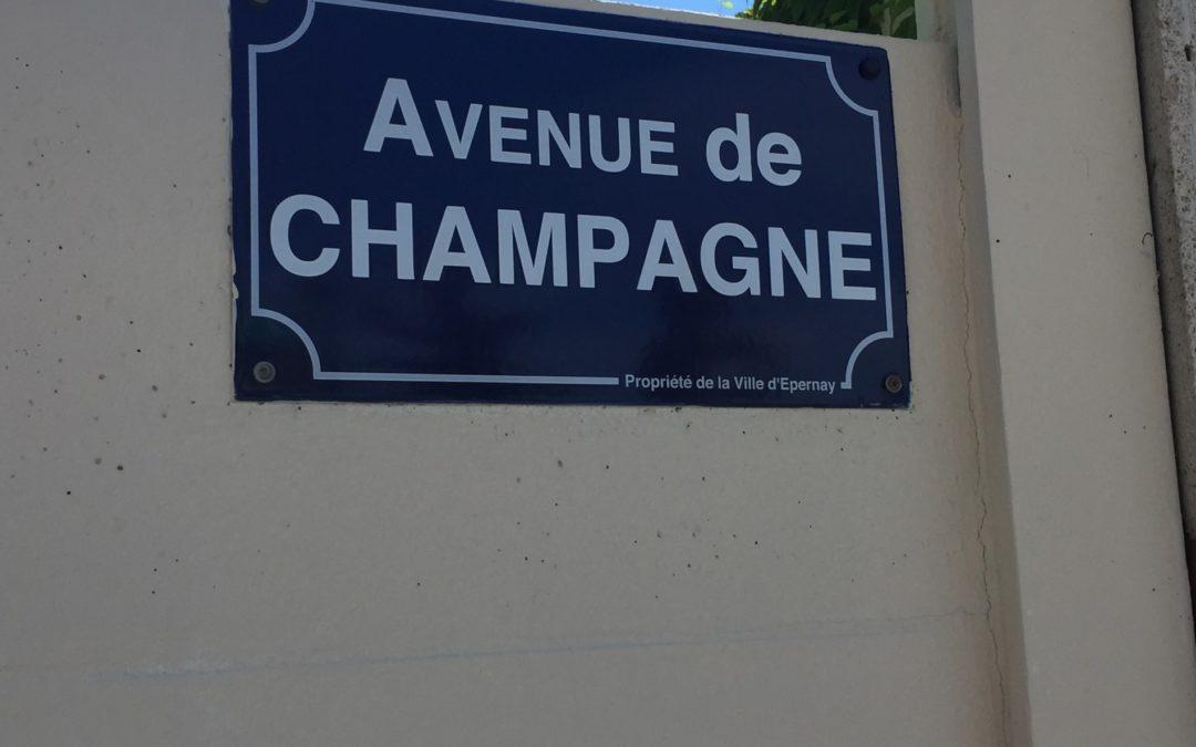 L'Impériale pour parcourir l'Avenue de Champagne, Epernay
